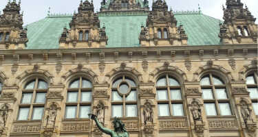 Hamburg Rathaus | Ticket & Tours Price Comparison